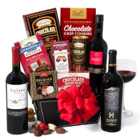 Red Wine & Dark Chocolate Gift Basket