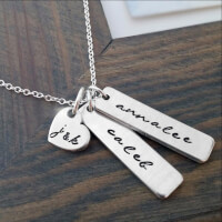 PERSONALIZED NECKLACE WITH KIDS NAMES AND..