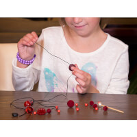Creatividee: Necklace Crafting Kit