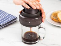 Palmpress: Single-Serve Coffee Press