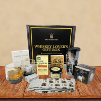 Whiskey Lovers Gift Box