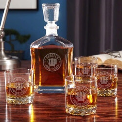 Personalized Wedding Gifts:Whiskey Glass And Decanter Set