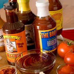 Gifts for Dad:BBQ Sauce Of The Month Club