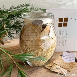 Christmas Gifts for Mom Under $50:Thoughtful Notes Jar
