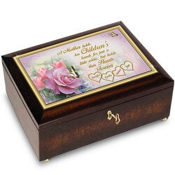 Christmas Gifts for Mom Under $100:Personalized Music Box