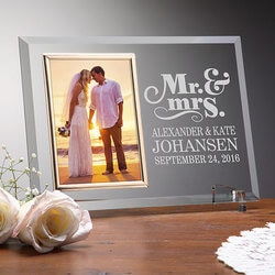 Wedding Gifts:Personalized Glass Wedding Frames - Mr & Mrs