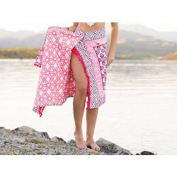 Beach Birthday Gifts for Girlfriend (Under $50):Cotton Sarong & Towel