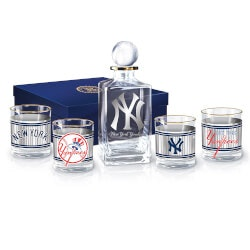 Baseball Gifts:New York Yankees 5-Piece Decanter And..
