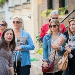 Outdoor Birthday Gifts:Walking Food Tours