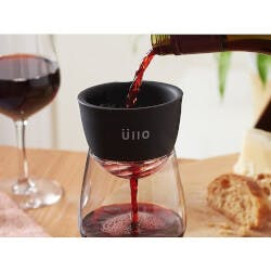 ÃœLlo: Wine Sulfite Purifier & Aerator